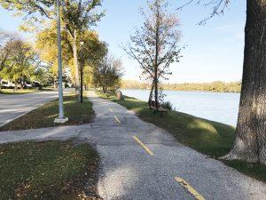 crescent walking path